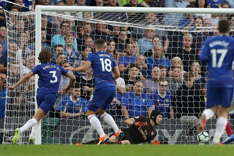 El Chelsea gana un pulso de altura al Arsenal con goles españoles