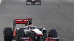 Vettel sale de la pista y queda fuera del GP de Abu Dabi