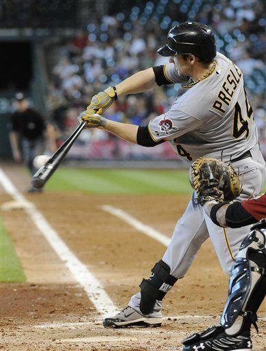 MLB: Piratas 7, Astros 5, 11 innings; Pittsburgh cierra con tres