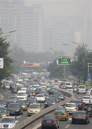 Beijing inicia restricción de tránsito