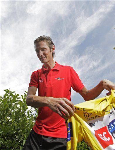 Tour: Schleck debe seguir atacando en los Alpes