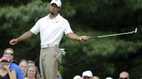 Woods tiene revés en Bridgestone