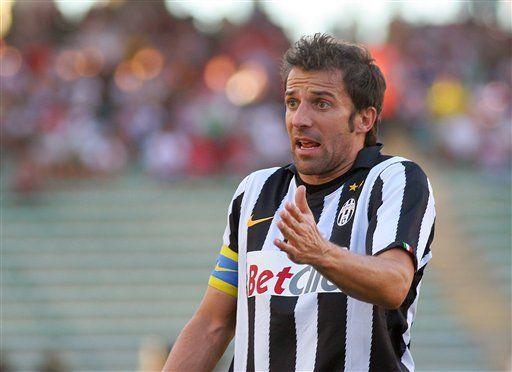 Italia: Doblete de Pato le da el triunfo al Milan
