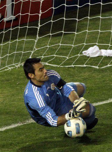 América: Villar vuelve a salvar a Paraguay
