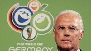 Beckenbauer admite un error pero asegura que no se compraron votos en el Mundial 2006