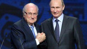 Blatter prepara un libro jugoso y prevé ir al Mundial de Rusia