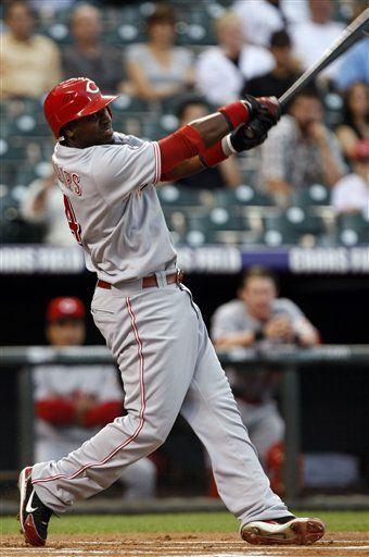 MLB: Rojos 8, Rockies 5; Harang se lleva la victoria