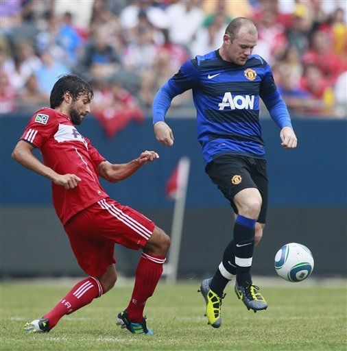 Da Silva rompe empate y Manchester United derrota al Fire