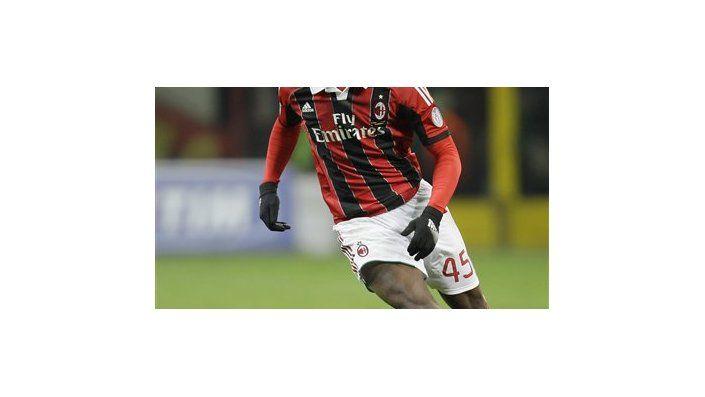 Balotelli conquista elogios en su debut en Milan