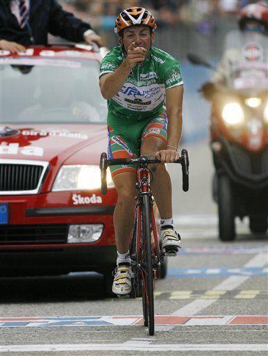 Sella gana 14ta etapa del Giro; venezolano Rujano Guillén cuarto
