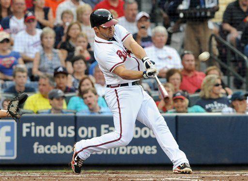 MLB: Bravos 5, Marlins 1; Uggla batea jonrón de tres rayas