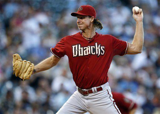MLB: Diamondbacks 4, Rockies 2; Randy Johnson poncha a 7