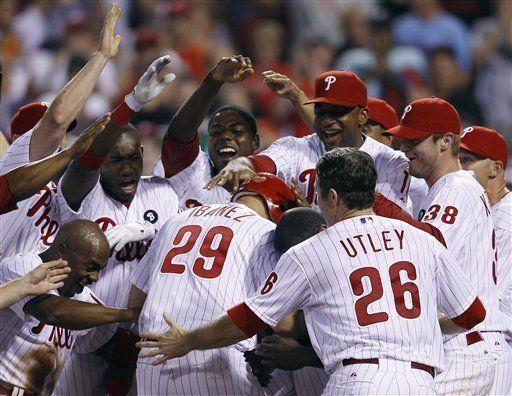 MLB: Filis 3, Bravos 2, 10 innings; Ibáñez conecta jonrón ganador