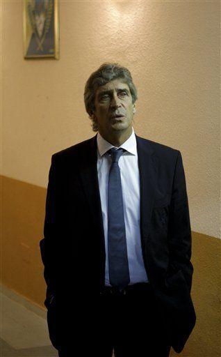 Pellegrini excluye a Guti de convocatoria en Real Madrid