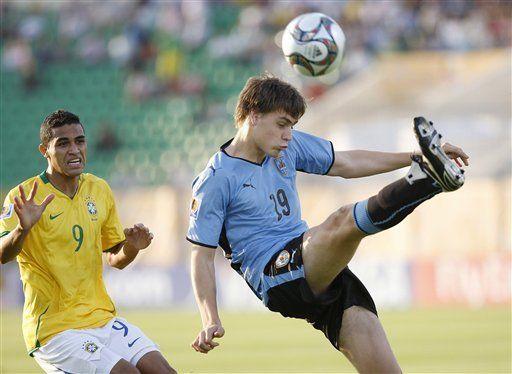 Sub20: Uruguay no pudo con el tórrido arranque brasileño