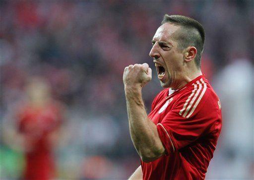 Bayern vence a Bremen y recupera liderato en la Bundesliga