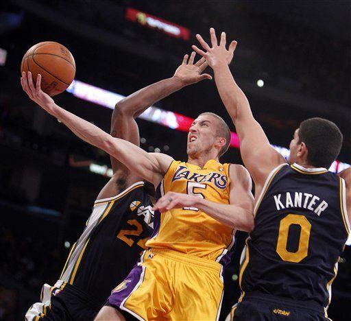 NBA: Lakers 96, Jazz 71; Lakers evitan inicio de temporada de 0-3