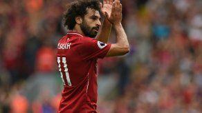 El Liverpool denuncia a Salah por conducir mientras habla por el móvil