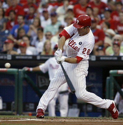 MLB: Filis 10, Piratas 3; Utley se queda a un doblete del ciclo
