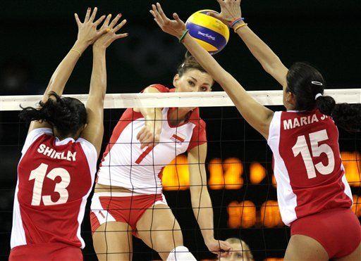 Venezuela sufre su cuarto revés seguido en vóleibol femenino olímpico