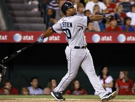 MLB: Marineros 10, Angelinos 7, 12 innings; Balentien define