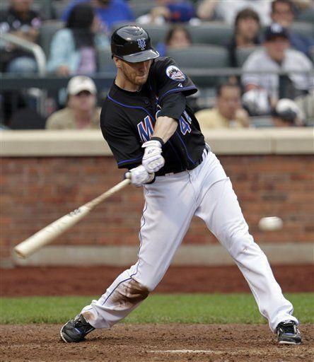 MLB: Mets 3, Yanquis 2, 10 innings; Rivera sale apaleado