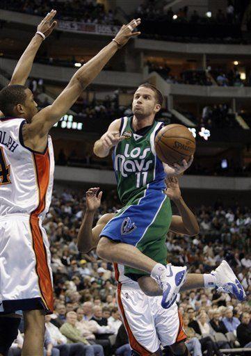 NBA: Mavericks 128, Warriors 106; Barea lanza ataque formidable