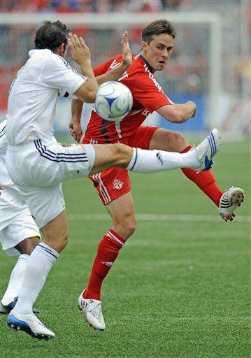 MLS: Toronto FC 2, Galaxy 0