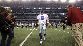 Cowboys: Romo suelta pases en práctica