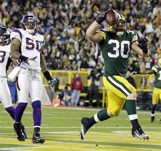 NFL: Packers 45, Vikings 7; Rodgers lanza 4 pases de touchdown