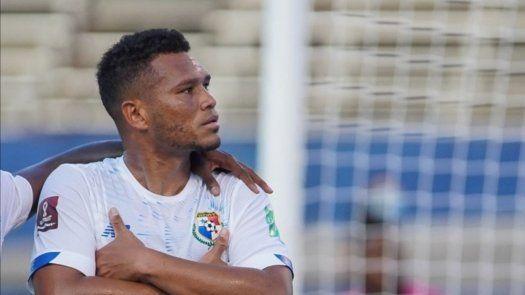 Qatar 2022: Rolando Blackburn, el segundo panameño en anotarle a México en fase final de eliminatorias