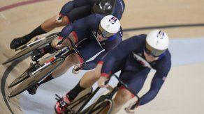 Gran Bretaña gana el oro en velocidad por equipos del ciclismo en pista