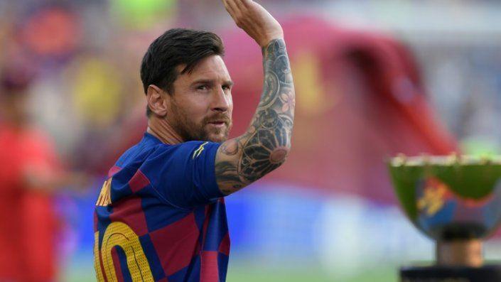 Messi se lesiona en su primer entrenamiento con el Barcelona; no viaja a USA