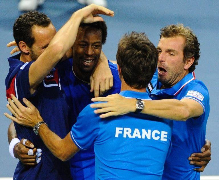 Suiza-Italia y Francia-República Checa serán las semifinales de Copa Davis