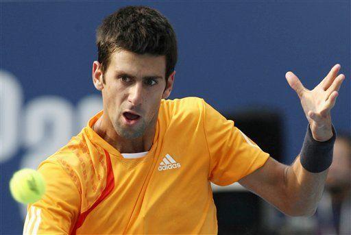 Djokovic derrota a Verdasco y avanza a semifinales en Beijing