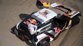 Peterhansel y Barreda ganan la etapa 5 del Dakar; Loeb dice adiós