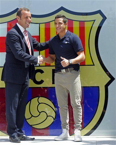 Alexis Sánchez quiere aprender de los mejores en el Barsa