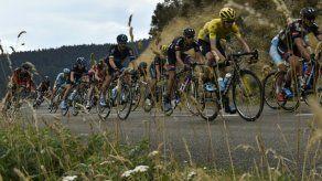 El clima de oposición al Sky crece en el Tour y Froome culpa a la prensa