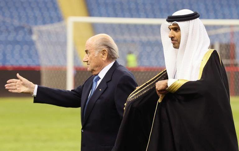 Blatter vota a favor de limitar la edad en el COI