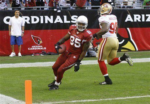 NFL: Cardinals 21, 49ers 19; Skelton lanza para tres touchdowns