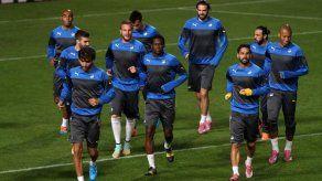 El FC Barcelona acude a Chipre en busca de la primera plaza
