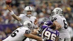 NFL: Raiders 27