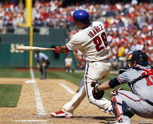 MLB: Filis 14, Bravos 1; Hamels e Ibáñez impulsan triunfo