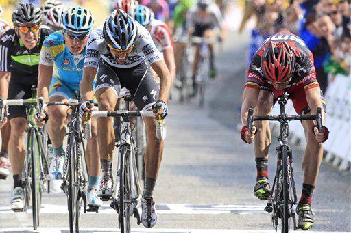 Tour: Evans supera a Contador, Urán cuarto