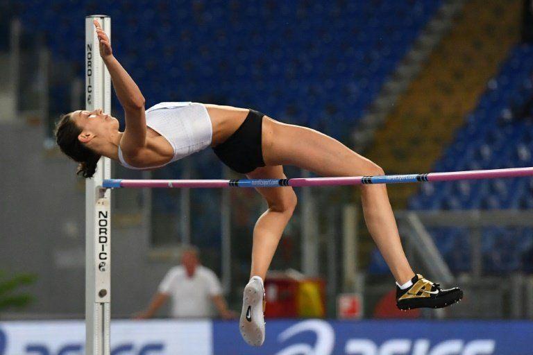 La IAAF acepta cinco nuevos atletas rusos bajo bandera neutral para 2018