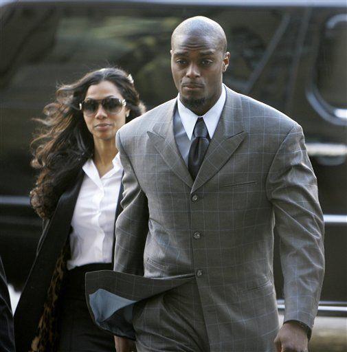 NFL: Aplazan juicio de Plaxico Burress