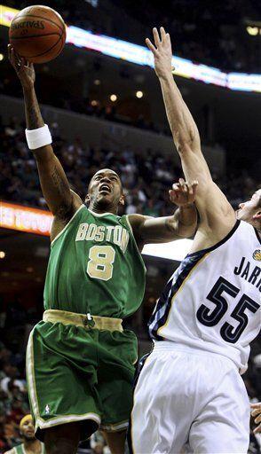 NBA: Celtics 105, Grizzlies 87; Davis anota 24 puntos