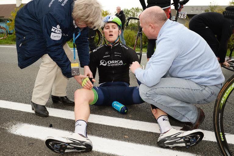 Herida gravemente una espectadora de la Vuelta a Flandes