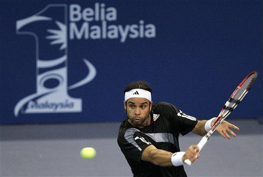 Fernando González a semifinales en el tenis de Malasia