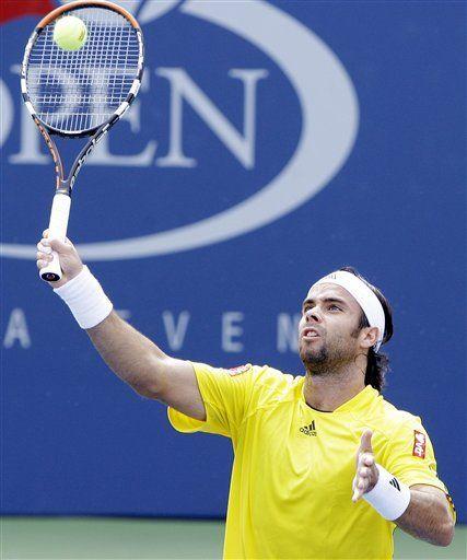 González y Federer avanzan a tercera ronda